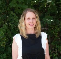 Headshot of Karen Nelson