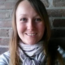 Headshot of Lindsey Thomson